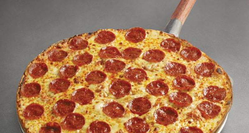large-Single-Topping-Pizza-Free-Days-Inn-Guam